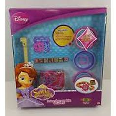 Create interchangeable charms with Sofia the First! Includes Loom tool, 2 Roxo…