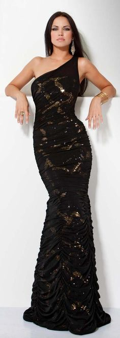 ...And if i had that body!!  JOVANI - Embellished One-Shoulder Mermaid Dress...Fab!