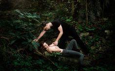 Bella and Edward - The Twilight Saga wallpaper