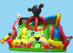 Parque Mickey: Magnífico hinchable decorado con los personajes preferidos de los más peques. La zona de juegos interior está llena de obstáculos con los dibujos de Mickey, Minie y Goofy para que tengan un fiesta inolvidable.