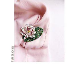 Все-таки растительная тема моя самая любимая  Это абсолютно нежная новиночка-цветок лотоса  В наличии 700₽