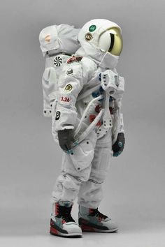 This is for nike air max day exhibition. astronaut with space lunar boots walk on moon. Astronaut Suit, Nike Motivation, Nike Wedges, Air Max Day, Astronauts In Space, Korean Artist, Space Shuttle, Designer Toys, Nasa