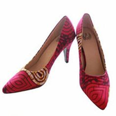 African designer is both an artist giving expressions to his emotions, while capturing the current trend in fashion and transforming them in amazing pump shoe.