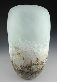 Art glass vases and vessels dance in the light, given form by the careful talent of today's finest American glass artists. Explore an incredible selection of art glass vases and vessels, each the result of an artist's unique vision. Glass Vessel, Glass Ceramic, Ceramic Art, Glass Art, Gadgets, Metal Vase, Contemporary Ceramics, Ceramic Design, Vases Decor