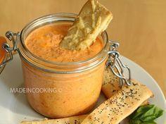 Poivronade à la feta (poivron rouge, feta, kiri, huile d'olive, ail, piment de Cayenne, origan)