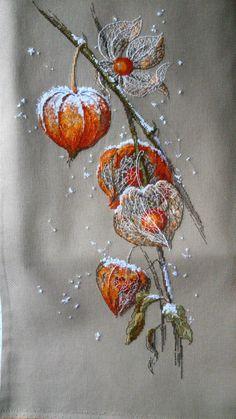 Xmas Cross Stitch, Cross Stitch Art, Cross Stitch Flowers, Cross Stitch Designs, Cross Stitching, Cross Stitch Patterns, Embroidery Art, Cross Stitch Embroidery, Embroidery Patterns