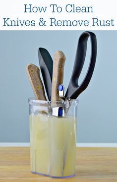 Exceptional Cleaning Tips hacks are offered on our internet site. Take a look and you wont be sorry you did. Deep Cleaning Tips, House Cleaning Tips, Cleaning Solutions, Spring Cleaning, Cleaning Hacks, Cleaning Recipes, Cleaning Products, How To Clean Rust, How To Remove Rust