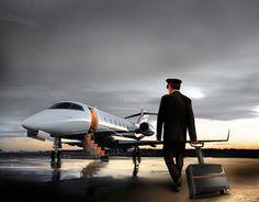 YANARA TECHNOLOGIES - AIRLINE PILOT CASE | 2012 on Behance Airline Pilot, Trolley Case, Best Travel Accessories, Presentation Layout, Industrial, Carbon Fiber, Aircraft, Technology, Behance