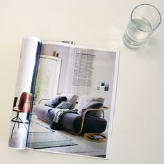 """What a lovely photo of our bentwood sofa 2000 in the brand new """"Schöner Wohnen"""" edition!  #LivingwithThonet #Living #Thonet #SchönerWohnen"""
