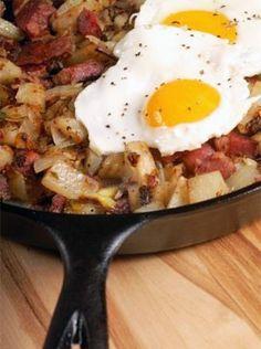 corn beef hash with eggs