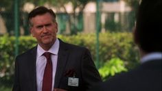 "Burn Notice 5x08 ""Hard Out"" - Sam Axe (Bruce Campbell) & Riker Executive (Dean Napolitano)"