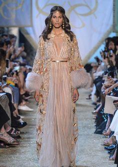 Elie Saab Haute Couture Herbst/Winter 2017/18