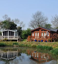 Details of over 4,000 holiday parks and lodges in the UK.