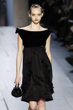 Gemma Ward for Louis Vuitton 2005- charming boatneck #LBD