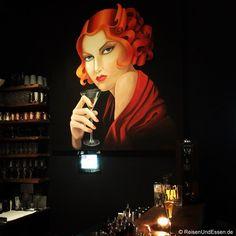 Im La Bohème in München waren wir zum Dinner. Möchtest du wissen, was es mit einem Stunden-Ei auf sich hat oder mit der Lady in der Bar? Und wie es mir dort gefallen hat?