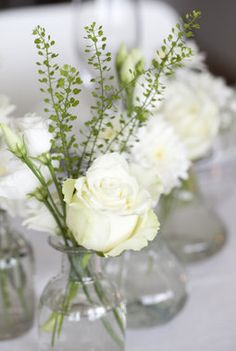 Top 5 Never Been Seen Wedding Table Centerpieces - Put the Ring on It White Centerpiece, Centerpieces, Diy Wedding, Wedding Flowers, Rustic Wedding Colors, Christmas Table Settings, Deco Floral, Wedding Guest Book Alternatives, Wedding Table Decorations