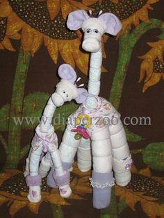 Diaper giraffe baby shower gift/ cute I love Shower Bebe, Boy Shower, Baby Kind, Baby Love, Baby Baby, Baby Shower Diapers, Baby Shower Gifts, Keepsake Baby Gifts, Diaper Cake Instructions