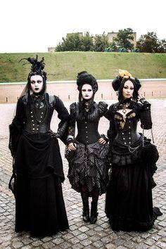 Neo-Victorian Gothic Gothic Steampunk, Victorian Gothic Wedding, Gothic Corset, Gothic Dress, Steampunk Clothing, Gothic Outfits, Steampunk Fashion, Gothic Lolita, Victorian Fashion