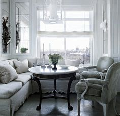 MICHAEL S SMITH- ARCHITECTURAL DIGEST