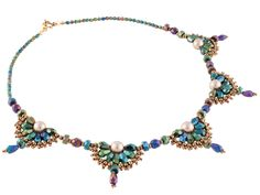 Victorian Fan Necklace - brick stitch around center pearl.  #Seed #Bead #Tutorials
