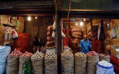 मुंबई। थोक महंगाई दर के दिसंबर माह के आंकड़े सोमवार को जारी किए गए। खाद्य वस्तुओं के दाम घटने से दिसंबर 2020 में थोक महंगाई दर (WPI) घटकर 1.22 फीसदी पर आ गई है। नवंबर 2020 में यह 1.55 फीसदी पर थी। जबकि दिसंबर 2019 में यह 2.76 फीसदी दर्ज की गई थी।  सरकारी आंकड़ों के अनुसार महीने दर महीने के आधार पर प्राइमरी आर्टिकल्स इंफ्लेशन 2.72% के मुकाबले घटकर 1.61% हो गया है। फ्यूल एंड पावर इंफ्लेशन -9.87% से बढ़कर -8.72% हो गया है। मैन्युफैक्चर्ड प्रोडक्ट इंफ्लेशन 2.97% के मुकाबले बढ़कर 4.24% हो गई…