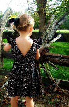 bf1ee6222 Ayda's V Back Peplum Top & Dress. PDF sewing pattern for toddler girl sizes  2t - 12. Vestido De CriançaCostura ...