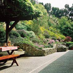 Gartenbau Stützmauer-niedrig Naturstein-errichten Terrassen ... Ideen Tipps Gestaltung Aussenraume