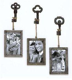Sophie Vintage Key Frame, Set of 3 Antique Keys, Vintage Keys, Vintage Decor, Old Key Crafts, Skeleton Key Crafts, Skeleton Keys, Key Frame, Old Keys, Keys Art