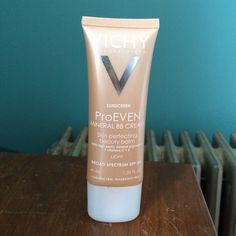 """Vichy proven mineral BB cream SPF 20 """"light"""" I've only used it 3 times so it's very full. Vichy Makeup Foundation"""