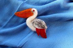 35 LEI | Brose handmade | Sighetu Marmatiei | Stoc epuizat, mai multe Bijuterii in magazinul claudia.MM pe Breslo.Needle felting brooch
