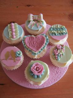 Bright but pastels cupcakes