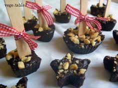 vegeintable: Santa Lucia Chocolates with Orange Peel, Nutmeg, Hazelnut and Almond