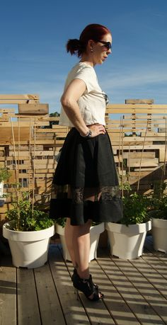 I love this skirt from @expresslife!: http://www.thepurplescarf.ca/2014/07/fashion-style-chic-sexy-fun.html #fashion #style #styletips #thepurplescarf #melanieps  #fashion #style #styletips #thepurplescarf #melanieps