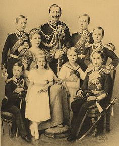 Children of Victoria, Princess Royal and Frederick III, German Emperor and King of Prussia – Wilhelm II, from grandson to exile. Reine Victoria, Victoria Reign, Wilhelm Ii, Kaiser Wilhelm, Royal Princess, Princess Victoria, Queen Victoria Descendants, German Royal Family, Otto Von Bismarck
