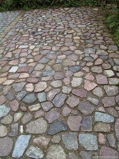 Pflastersteine antik römisch- Natursteinpark Tübingen