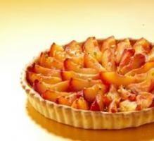 Recette - Tarte aux nectarines et pistaches concassées - Notée 4.3/5 par les internautes