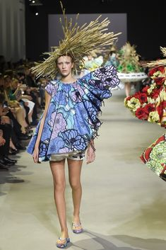 VIKTOR & ROLF 2015 SS HAUTE COUTURE COLLECTION 013