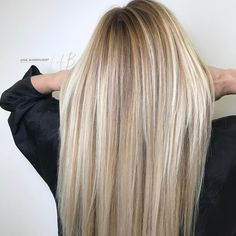 "840 Likes, 22 Comments - Ashley Lewis|Nest Hair Studio (@the_blondologist) on Instagram: ""Melty blonde from mine and @thevividbrunette insta stories this morning! #theblondologist @joico…"""