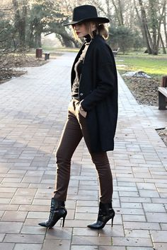 Get this look: http://lb.nu/look/8007530  More looks by Marina Abramovic: http://lb.nu/abramovicm  Items in this look:  Sammydress Coat, Zara Suit Pants   #bohemian #chic #street