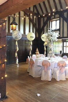 Giant Balloons, Confetti Balloons, Balloon Tassel, Wedding Balloons, Party Ideas, Wedding Ideas, Homemade, Table Decorations, Home Decor