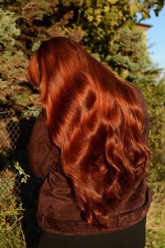 Image in Red hair ❤🔥 collection by on We Heart It - Image in Red . - Image in Red hair ❤🔥 collection by on We Heart It – Image in Red hair ❤🔥 coll - Copper Red Hair, Natural Red Hair, Red Hair Images, Over 40 Hairstyles, Redhead Hairstyles, Wedding Hairstyles, Red Hair Color, Red Orange Hair, Toddler Hair
