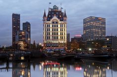 Remarkable Huis Bouwen Rotterdam that you must know, You're in good company if you're looking for Huis Bouwen Rotterdam Old Port, Steel Structure, Image Title, Media Images, Most Beautiful Cities, Rotterdam, New York Travel, Good Company, Empire State Building
