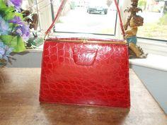 yummy 40's red crocodile purse