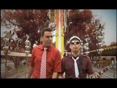 CALIGARIS - ME GUSTA PORTARME MAL - Video Clip Oficial