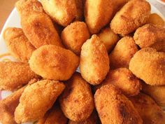 Ricas Croquetas De Gambas. Recetas, Gastronomía, Food, Gastronomy, Recipes... Vegan Recipes, Cooking Recipes, Spanish Food, Canapes, C'est Bon, International Recipes, Tapas, Food To Make, Sushi