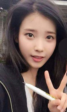 Korean Makeup, Korean Beauty, Asian Beauty, K Beauty, Hair Beauty, Celebrity List, Her Smile, Queen, Beautiful Asian Girls