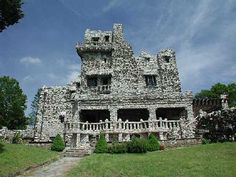 Gillette Castle, Eas