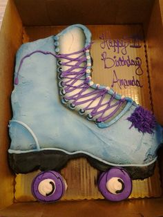 Roller Skate Cake Roller Skate Cake, Skate Party, Timberland Boots, Amazing Cakes, Hiking Boots, Skates, Cool Stuff, Yummy Cakes