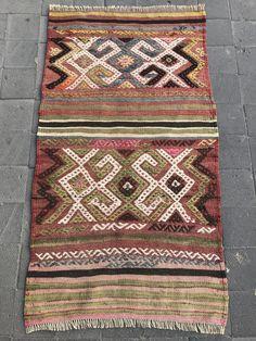 Nomad Weavings Kilims Textiles