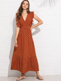 To find out about the Ruffle Trim Polka Dot Dress at SHEIN, part of our latest Dresses ready to shop online today! Simple Dresses, Elegant Dresses, Casual Dresses, Summer Dresses, Dresses Dresses, Tee Dress, Dress Skirt, Wrap Dress, Shein Dress